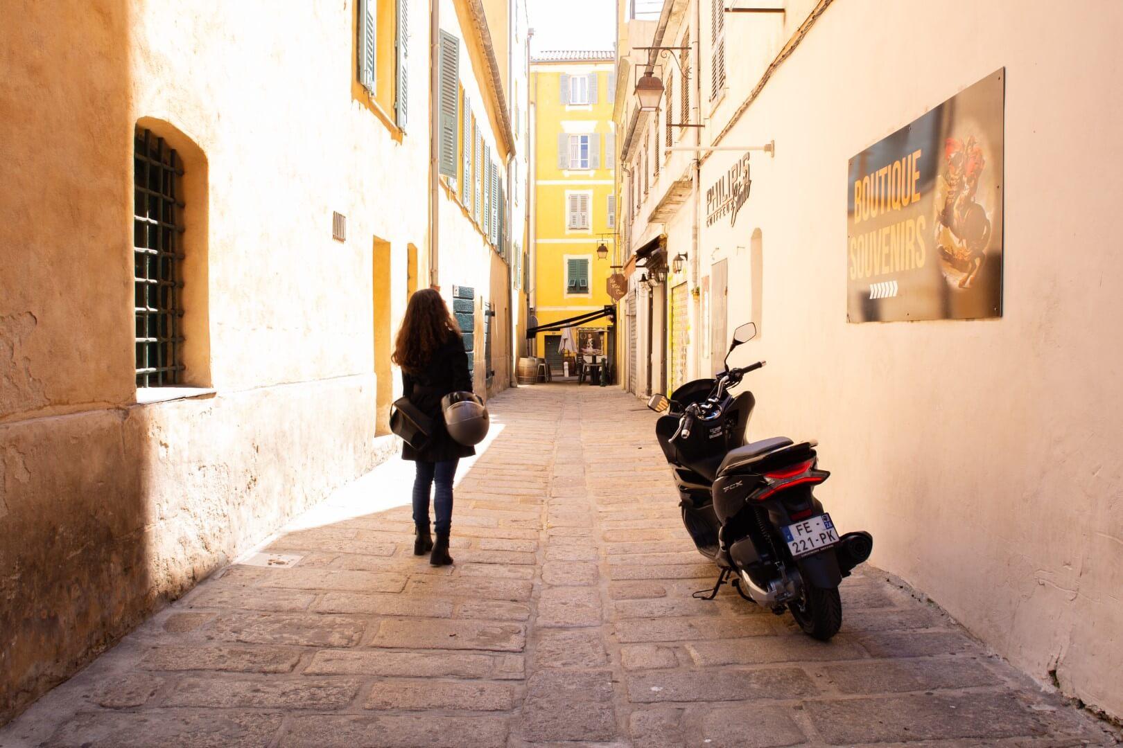 Location de scooter a Ajaccio