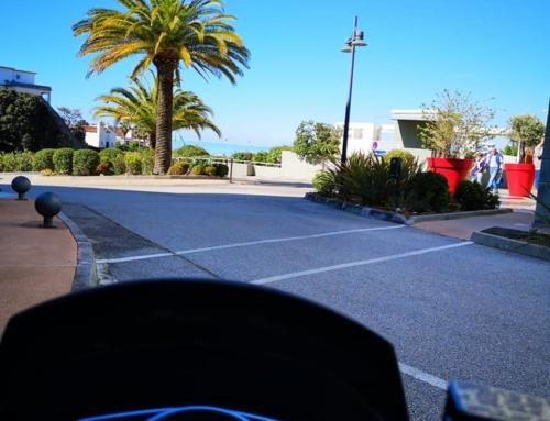 🛵🌞 Quelle belle journée pour partir à 2 roues  Livraison 🏣 Hôtel Best Western Ajaccio